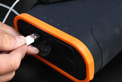 Fox Halo Power Multi Light//Pêche à La Carpe Powerpack avec panneau solaire